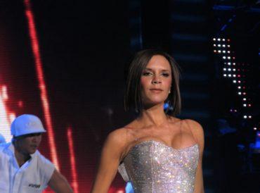 Dlaczego Victoria Beckham rzadko się uśmiecha