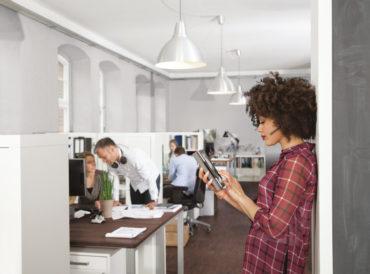 Jak radzić sobie z hałasem w miejscu pracy