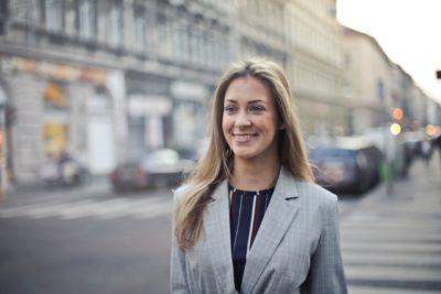 Raport zarobki kobiet
