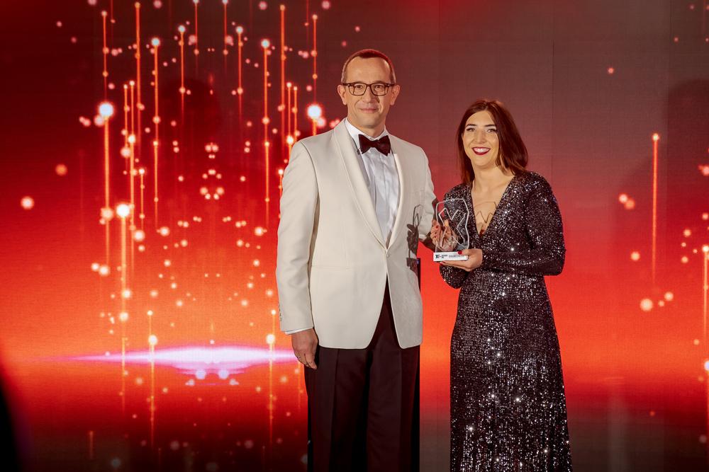 Radosław Kędzia (Huawei) i Majka Lipiak (Fundacja Leżę i Pracuję)
