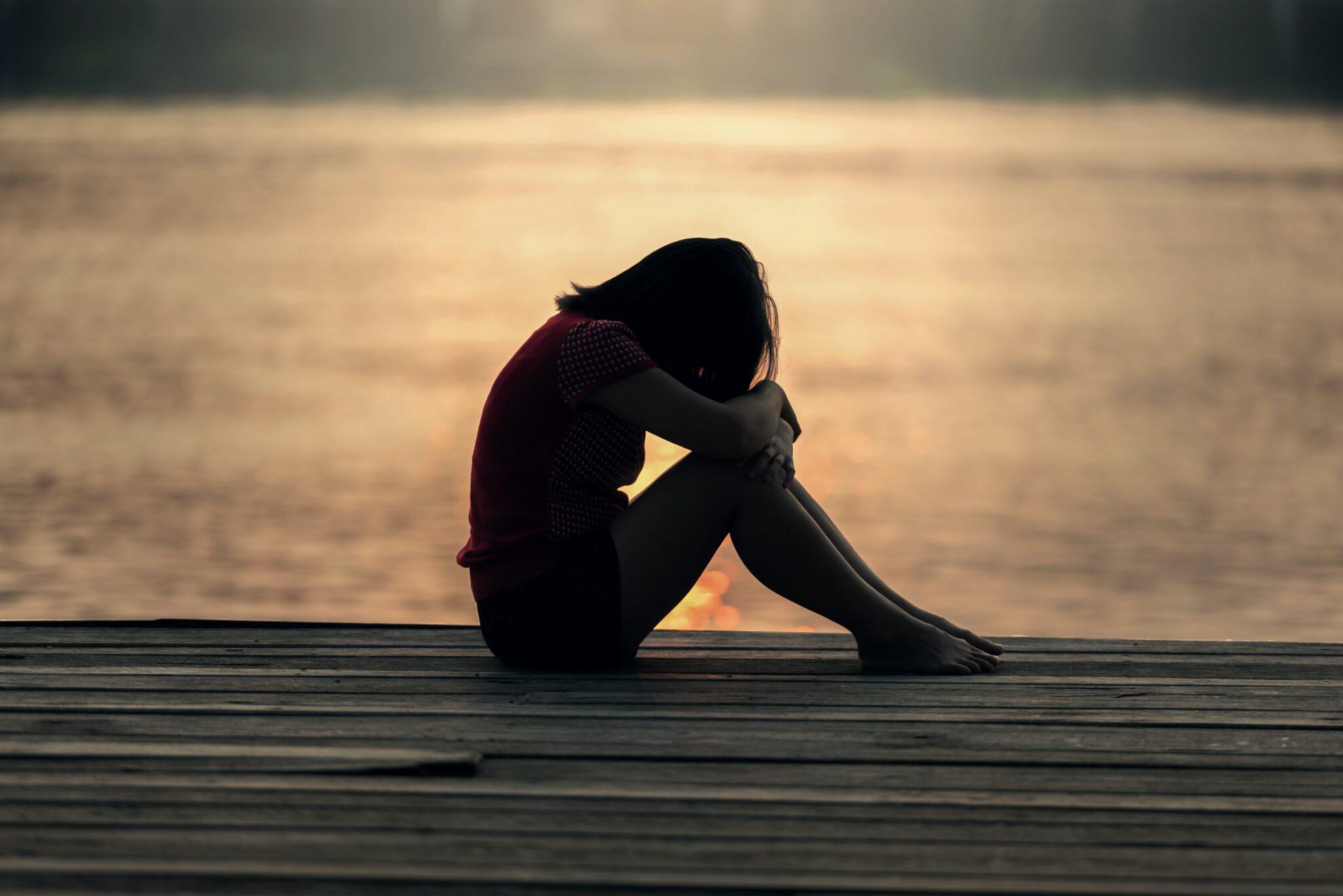 Przemoc wobec kobiet - Mity - Avon Alert